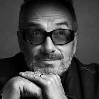 Elvis Costello - Image: www.elviscostello.com
