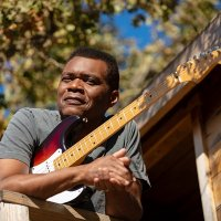Robert Cray - Photo: Jeff Katz