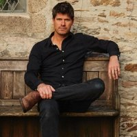 Seth Lakeman - Image: www.sethlakeman.co.uk