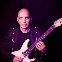 Joe Satriani - Photo: Jay Blakesberg www.blakesberg.com