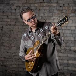 Joe Bonamassa - Photo: Robert Sutton