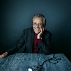 Frankie Valli and the Four Seasons - Image: www.frankievallifourseasons.com