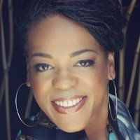 Evelyn Champagne King - Image: www.evelynchampagneking.com
