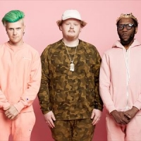 - Image: www.facebook.com/toomanyzooz